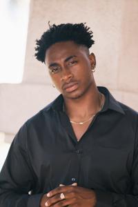 Picture of Davon Drake