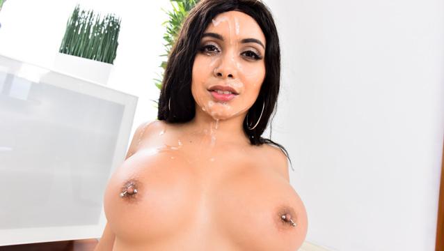 1000Facials – Aaliyah Hadid