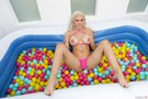 Ball Pit Fun! picture 16