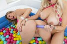 Ball Pit Fun! picture 5